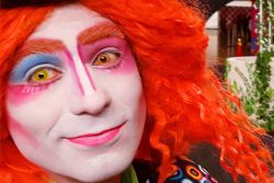 magico ilusionista lucas maquiagem artistica sp